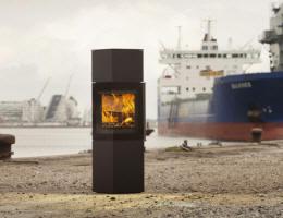 kaminofen jydepejsen panorama 1200 von feuer und flamme. Black Bedroom Furniture Sets. Home Design Ideas